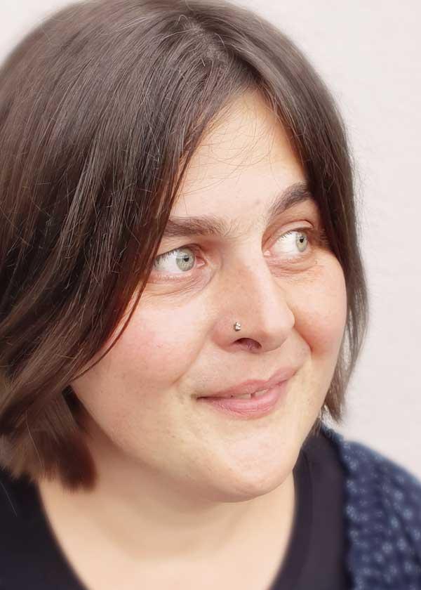 Portraitfoto Stefanie Gisler